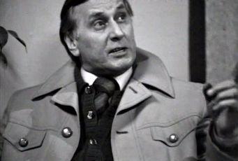 Jak zničit vlastní mužstvo (1977) [TV inscenace]