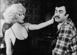 Taxikářka (1977)