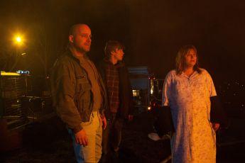 V plamenech (2015) [TV epizoda]