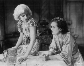 Nebezpečná rudovláska (1932)