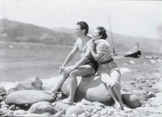 Konyaku yubiwa (1950)