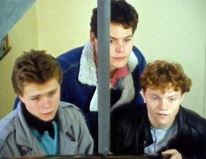 Tři chlapi a dáma (1989) [TV inscenace]