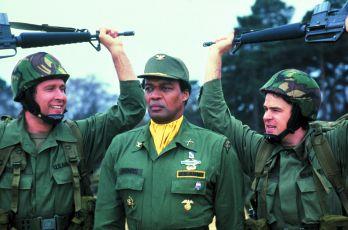 Špióni jako my (1985)