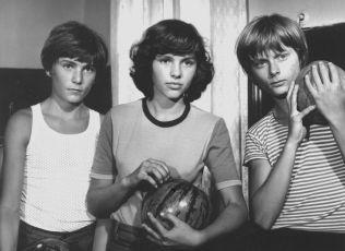Tři od moře (1979)