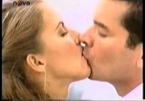 Vášeň a nenávist (2003) [TV seriál]