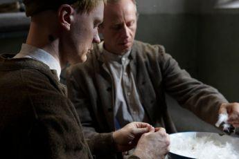 Jan Budař a  Karel Roden - Práce ve vězeňské kuchyni