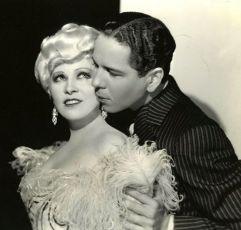 Belle of the Nineties (1934)