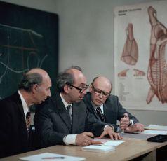 Nevíš o nějaké protekci (1980) [TV epizoda]