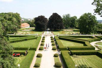 Rajské zahrady (2009) [TV cyklus]