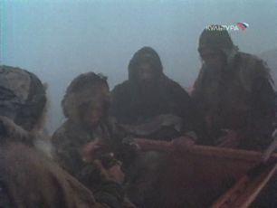 Skvrnitý pes běžící po břehu moře (1990)