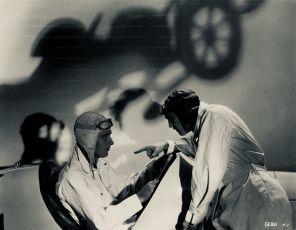Burning Up (1930)