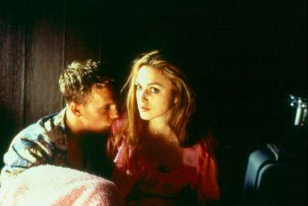 Díra (2001)
