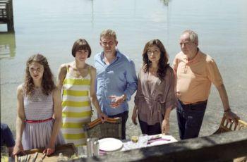 Taková normální Sonntagovic rodinka (2013) [TV film]