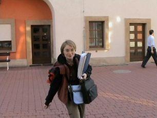 """Jediná žena výpravy k pramenům - """"asistentka všeho"""" Martina Kabelková. Když nám bylo nejhůř, když jsme zapadli nebo v Německu zabloudili, zachránila nás tato drobná dvacetiletá dívka."""