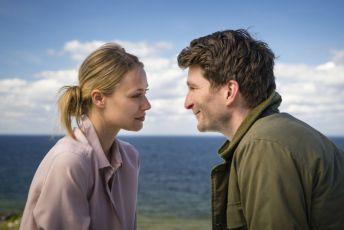 Inga Lindström: S Lilli si nezahrávej (2015) [TV film]