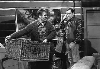 My z konce světa (1975) [TV seriál]