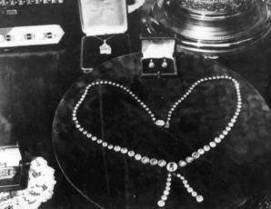 Peníze nebo život (1932)