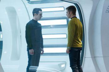 Star Trek: Do temnoty (2013)