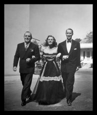 Sestra jeho komorníka (1943)