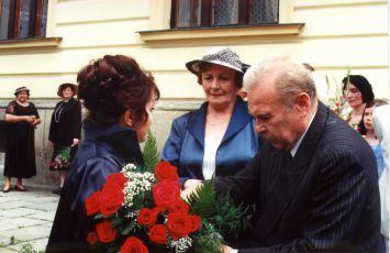 Libuše Šafránková, Věra Galatíková a Luděk Munzar v epizodě Doktor smrt