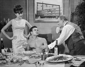Raz, dva, tři (1961)