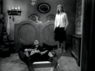 Legenda o živých mrtvých (1971) [TV minisérie]