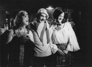 Chléb a čokoláda (1974)