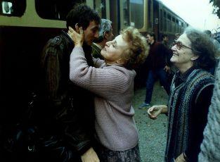 Chlapec do náručia (1986) [TV minisérie]