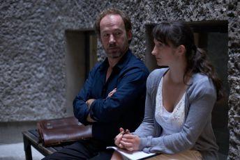 Neviditelná (2011)