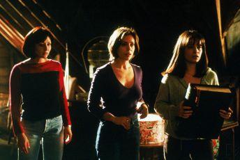 Čarodějky (1998) [TV seriál]
