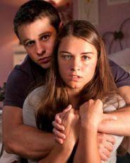 Nebezpečná láska (2010) [TV film]