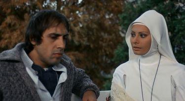 Bianco, rosso e... (1972)