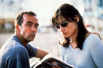 Nevěř nikomu! (2000)