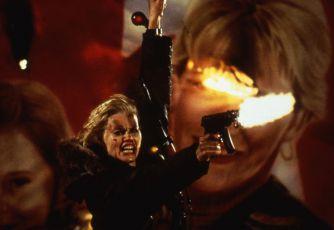 Dlouhý polibek na dobrou noc (1996)