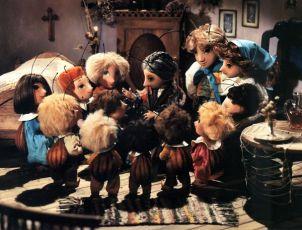 Broučkova rodina (2000) [TV seriál]