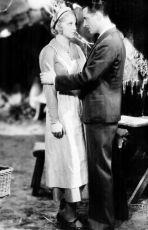 V přízemí (1932)