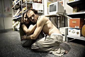Láska navzdory (2007)