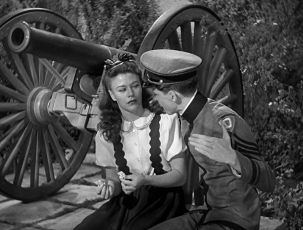 Zuzanka v nesnázích (1942)