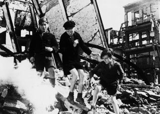Někde v Berlíně (1946)