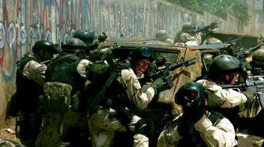 Černý jestřáb sestřelen (2001)