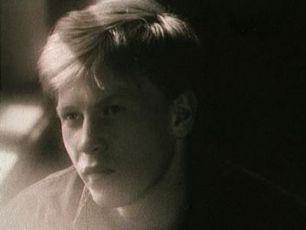 Neláska (1991)
