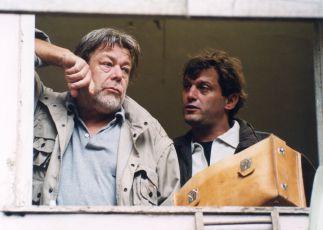Muž, který vycházel z hrobu (2001) [TV film]