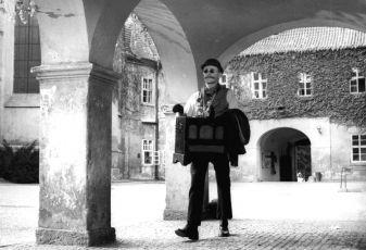 Ta naše písnička česká (1967)