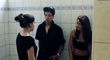 Černá a bílá (2012)