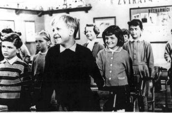 Brankář bydlí v naší ulici (1958)