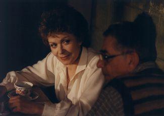 Smích se lepí na paty (1986)