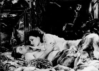 Nevinný (1976)