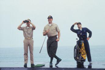 Periskop nahoru a dolů (1996)