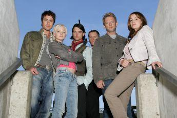 Pravěk útočí (2007) [TV seriál]