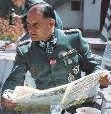 Zbrane SS -  Hitlerove elitné jednotky (1995) [TV minisérie]